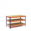 Mesa de trabajo azul y naranja con 3 bandejas de aglomerado